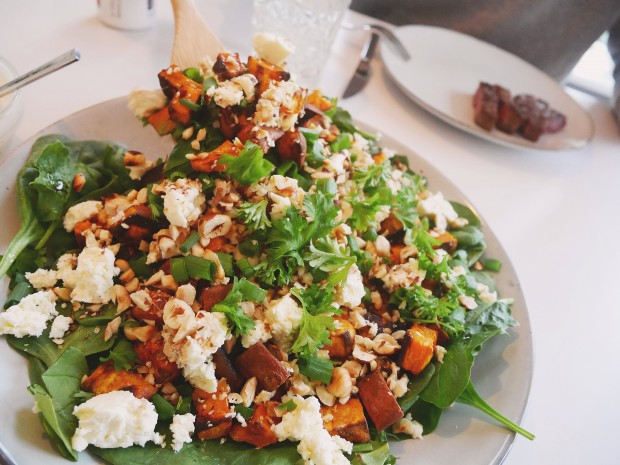 Roasted sweet potato salad with feta cheese - Trendnet