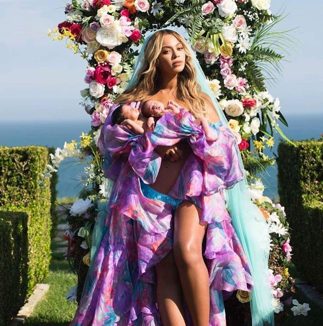 First photo of Bey-Jay twins !