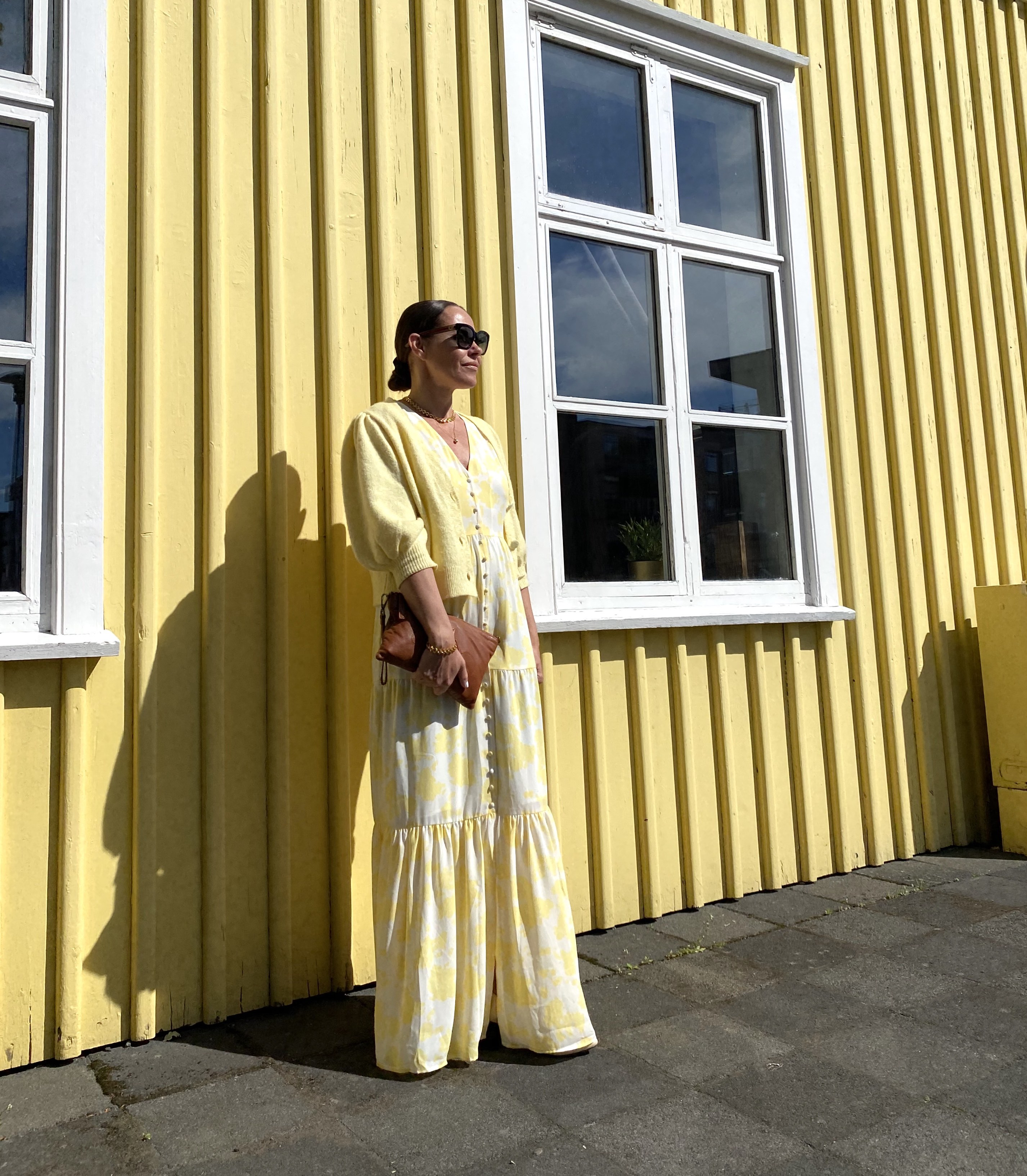 DRESS: YELLOW