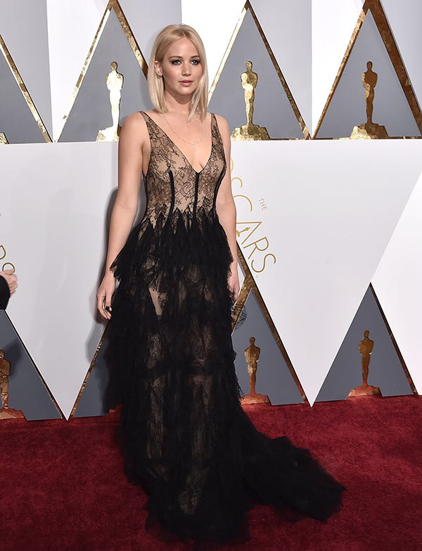 jennifer-lawrence-oscars-best-dressed-2016