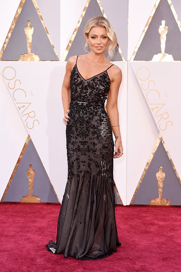 kelly-ripa-oscars-best-dressed-2016