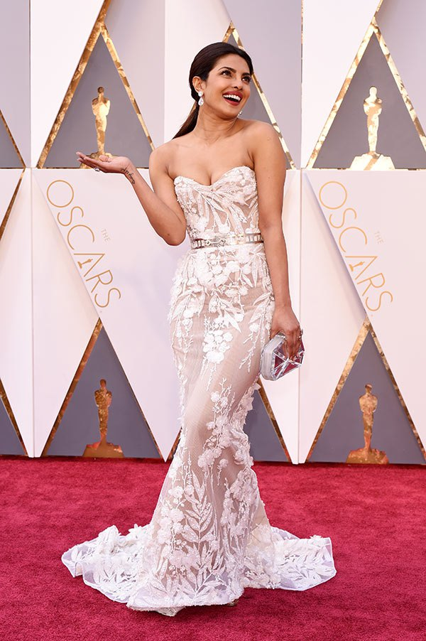 priyanka-chopra-oscars-best-dressed-2016