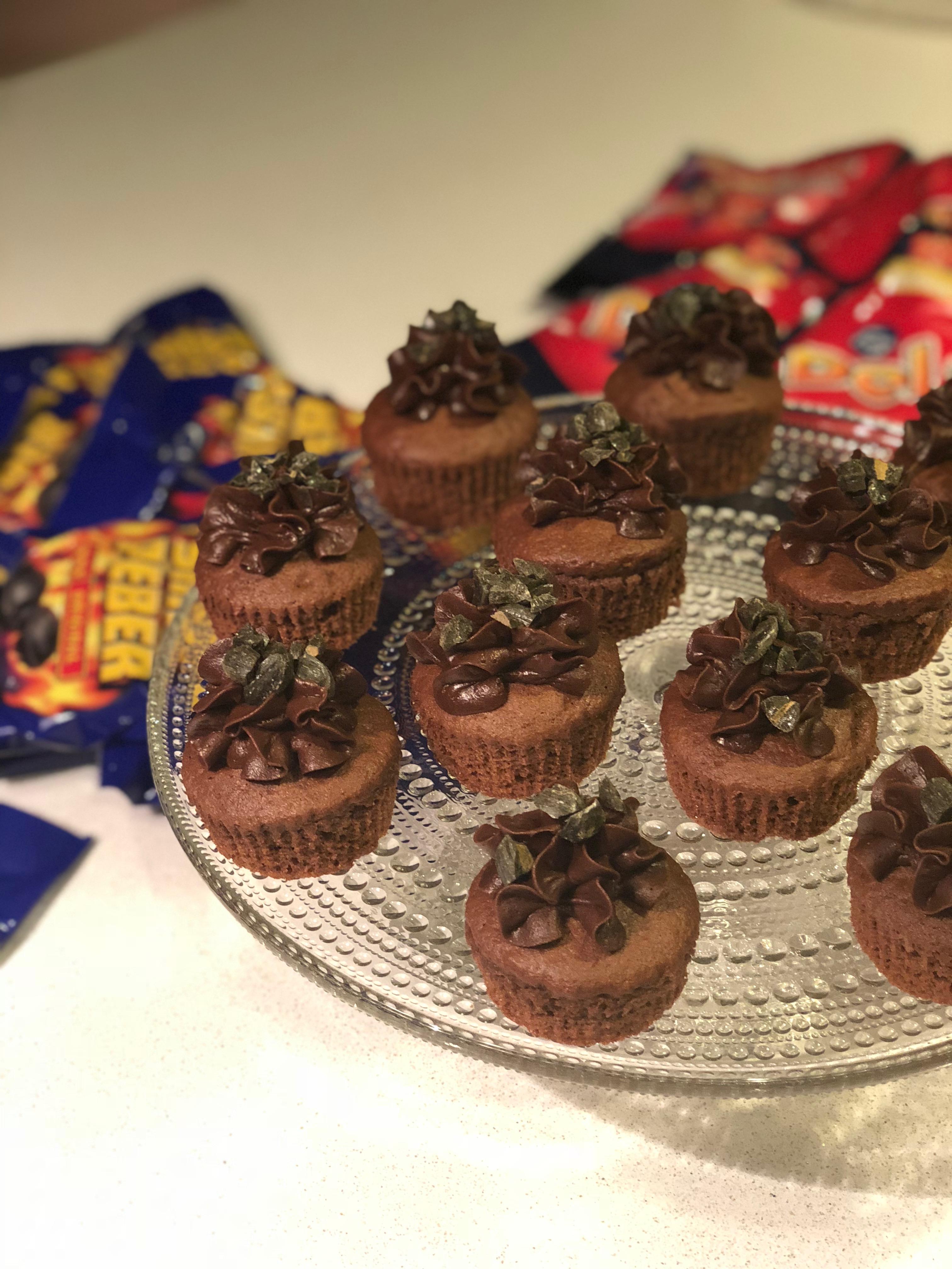 Dumlefylltar cupcakes með Tyrkisk Peber súkkulaðikremi