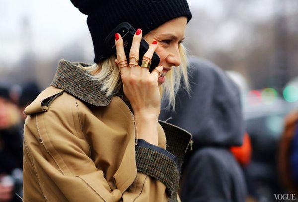 2013-Fall-Paris-Elena-Balenciaga-rings