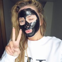 BLACK PEEL OFF MASK: IROHA