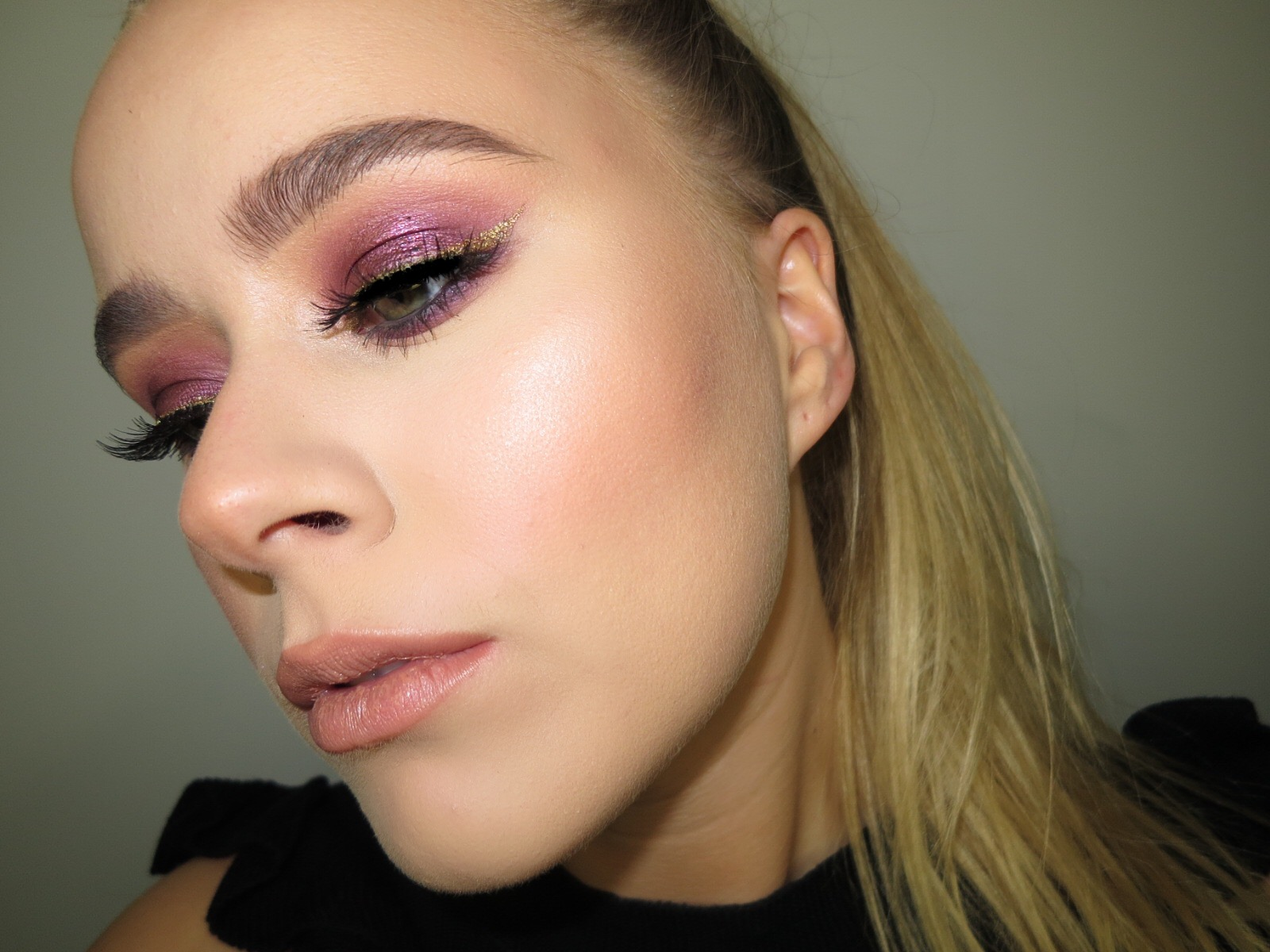 PURPLE & GOLD MAKEUP LOOK