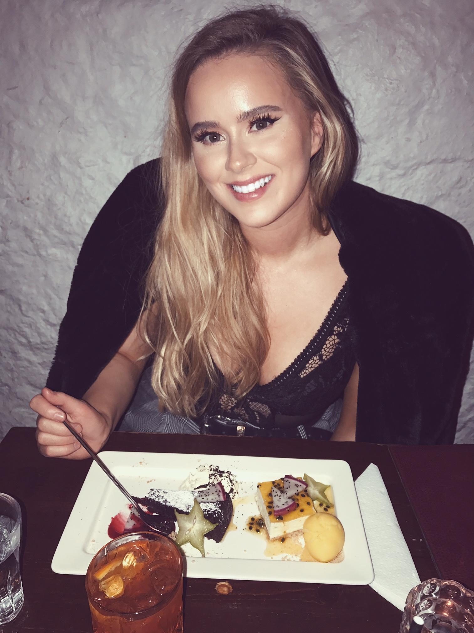 LATE NIGHT DINING