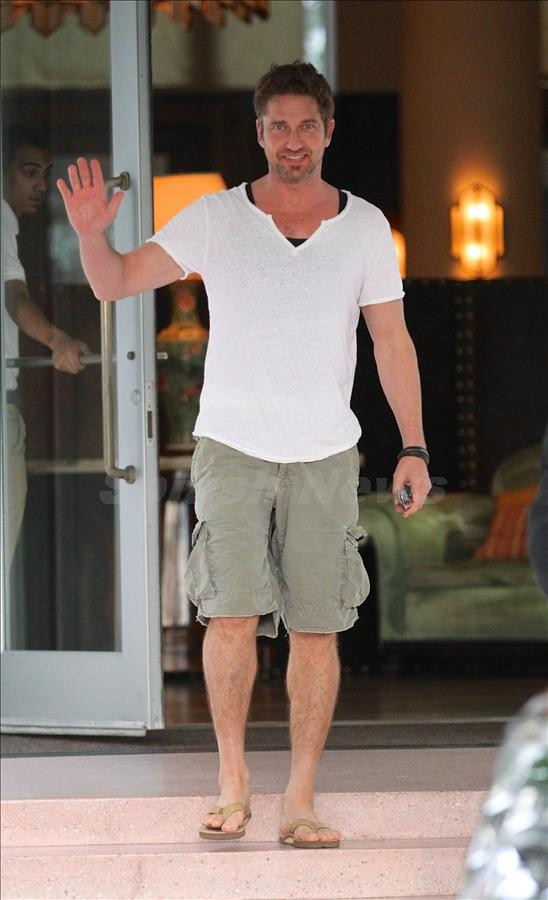 Gerard Butler leaves his hotel in Miami