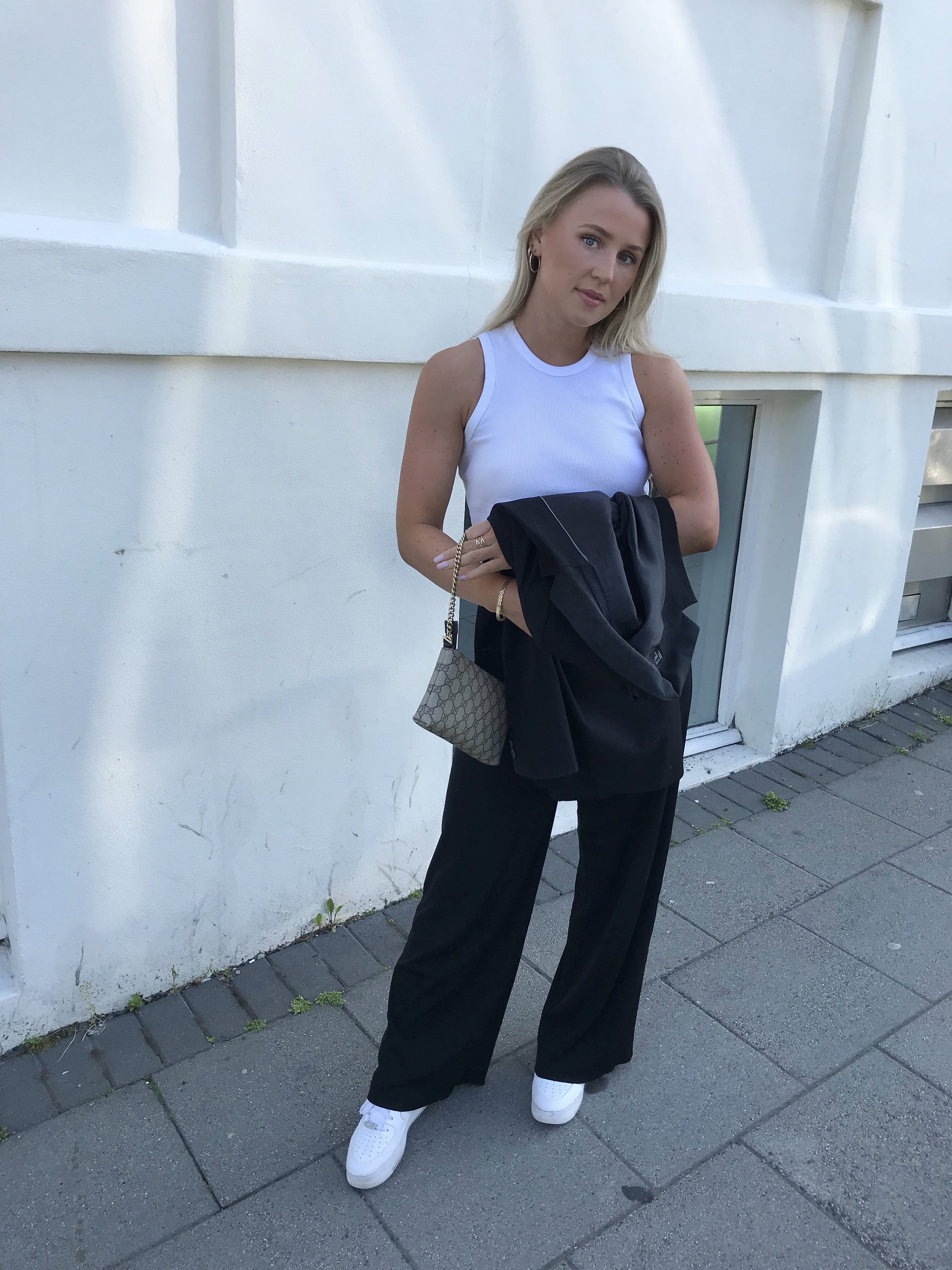 LAUGARDAGS OUTFIT