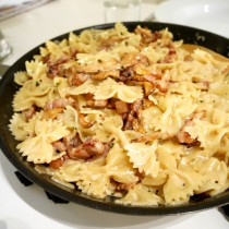 Chanterelle Pasta with bacon and rosemary