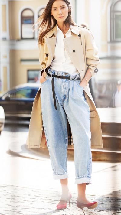 julie-pelipas-photographed-in-trench-coat-by-jon-cardwell-in-kiev-684d7185d094c62679b9b661ceca82110c0b745e