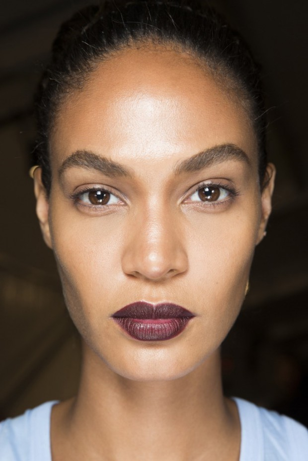givenchy-backstage-beauty-2015-joan-smalls-683x1024