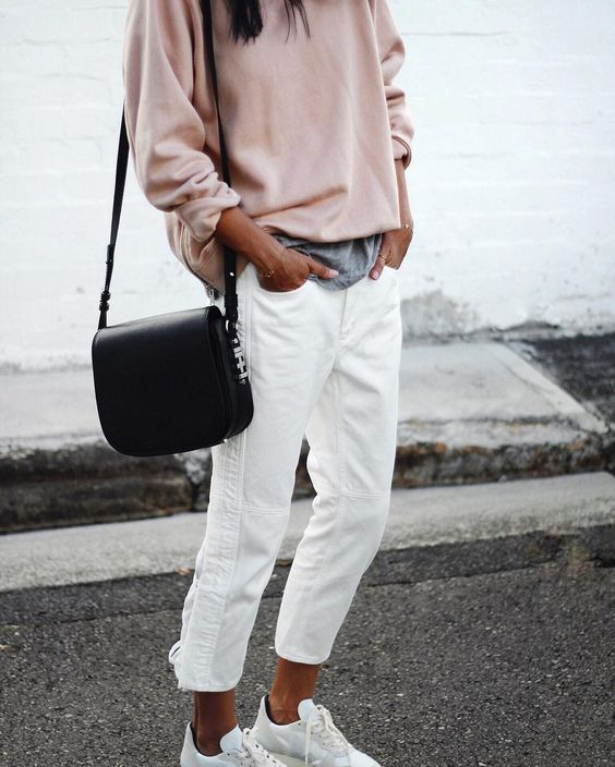 WANT: WHITE JEANS