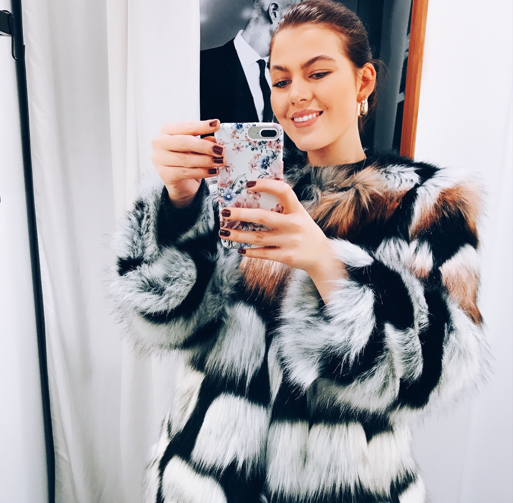 WANT:FAKE FUR