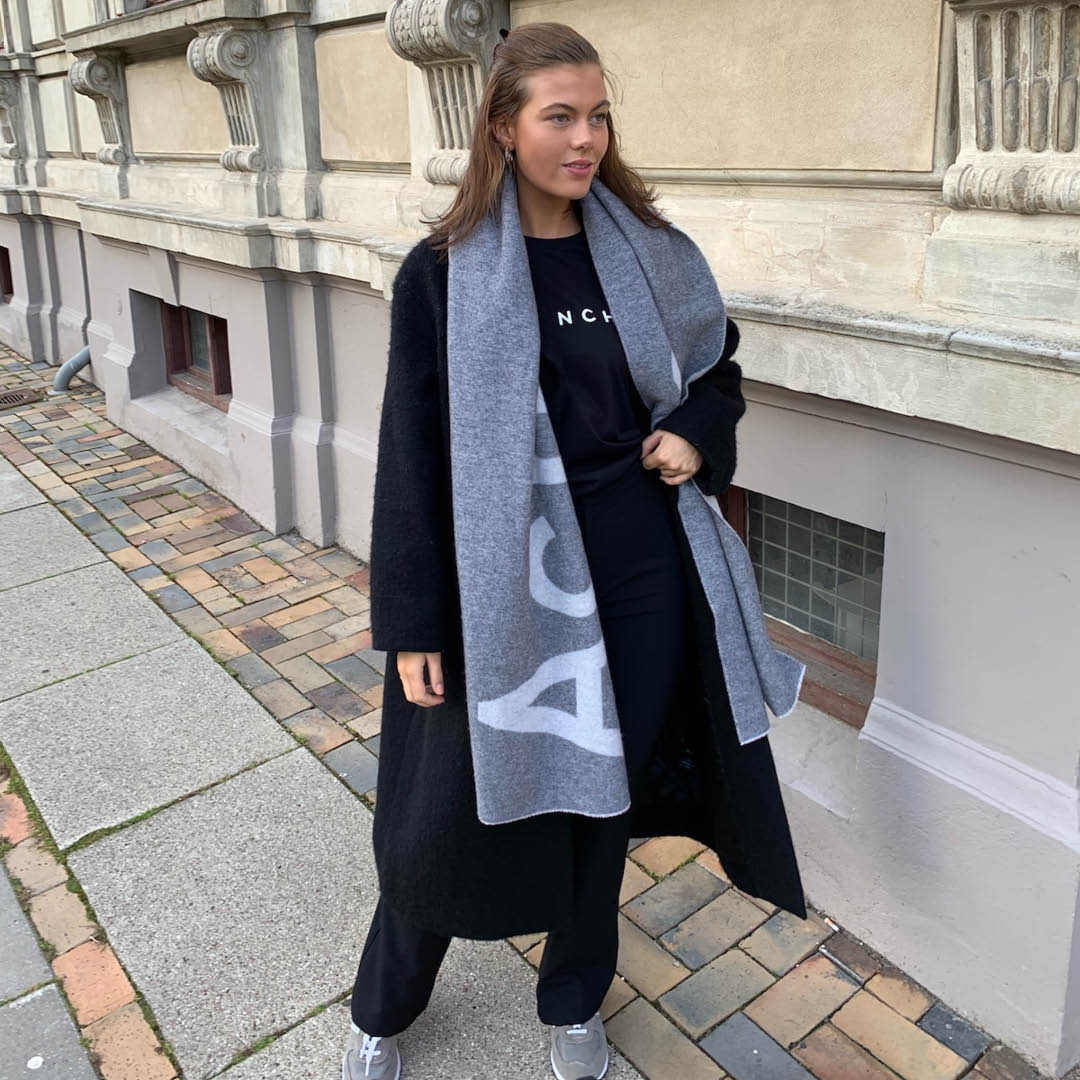 OUTFIT:HAUST
