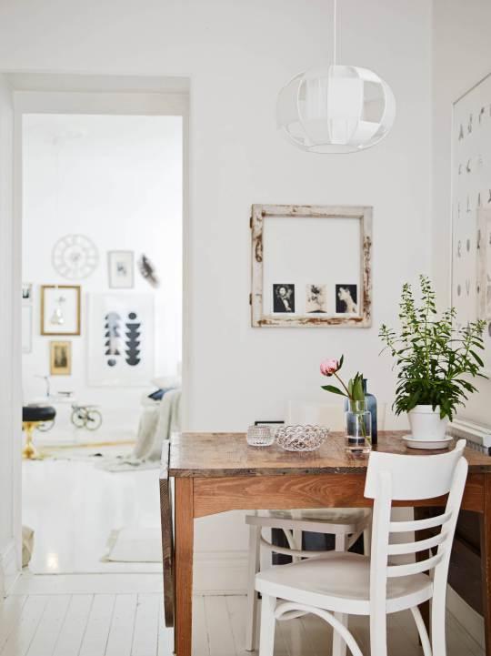 scandinavian_white_wood_dining-table