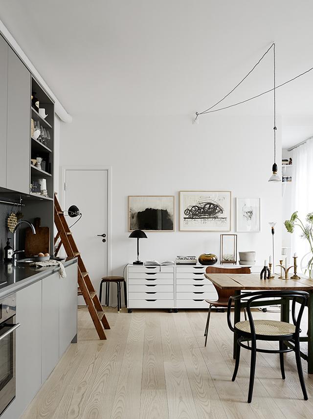 Beautiful-Scandinavian-apartment-styled-by-Josefin-Hååg-photographed-by-Krisofer-Johnsson