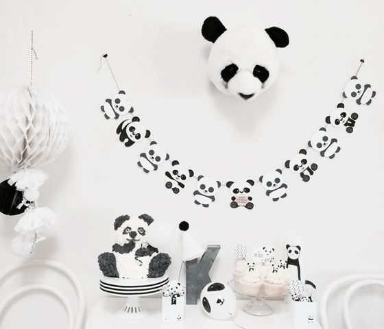 3_Sugarcoatedevents_panda_party_bear_birthday_kids_children_monochrome_little_gatherer