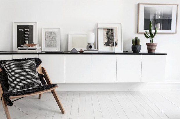 Scandinavian-home-with-a-modern-monochrome-interior_3
