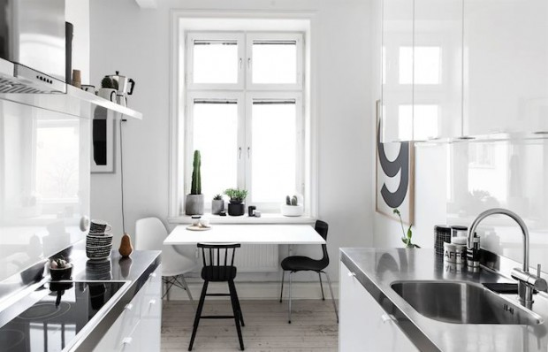Scandinavian-home-with-a-modern-monochrome-interior_9