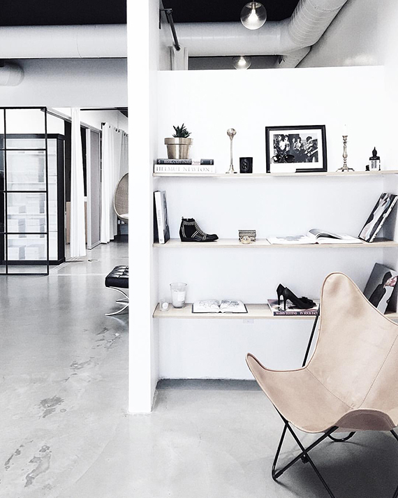 scandinavian-loft-design-nide-leather-butterfly-chair-homey-oh-my