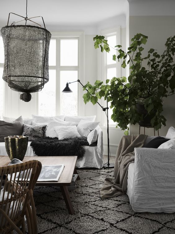 Cosy-and-relaxed-Scandinavian-living-room-with-mix-of-textures-and-natural-materials