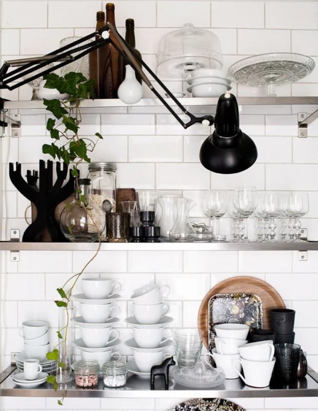 2-DW_kok_kitchen_hyllforvaring-700x906