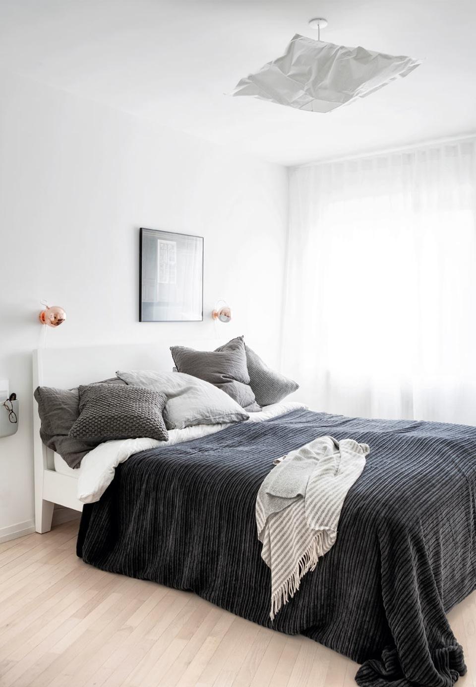 sovevaerelse-puder-tekstil-johanne-nygaard-dueholm-lejlighed-aalborg-nfpr4cmod-b7ysrjzyvw-g