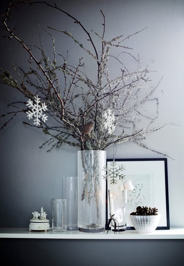grene-dekoration-jul-moderne-graa-ljeedmqufwfzttr-ynrla