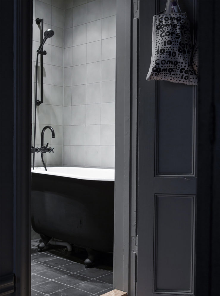 esny_lotta_agaton_bathroom-740x997