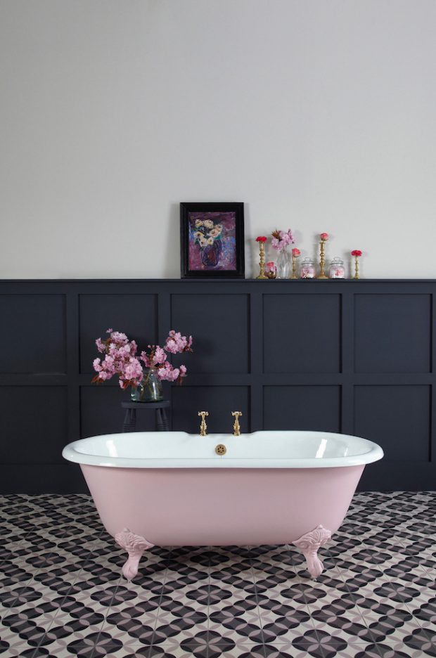 cute-pink-and-white-cast-iron-clawfoot-bath-tub